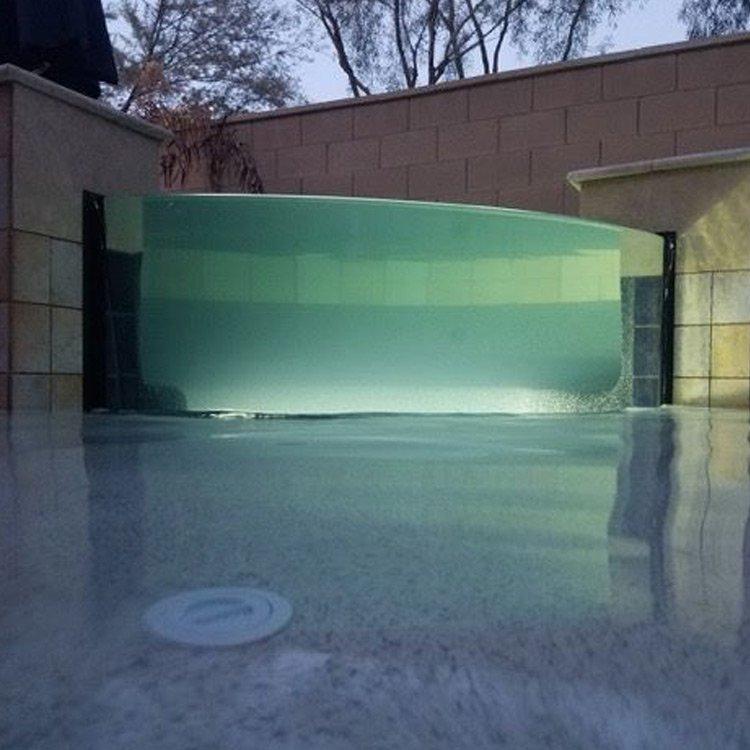 Acrylic-Pool-Panel-by-Titan-Aquatic-Exhibits-3